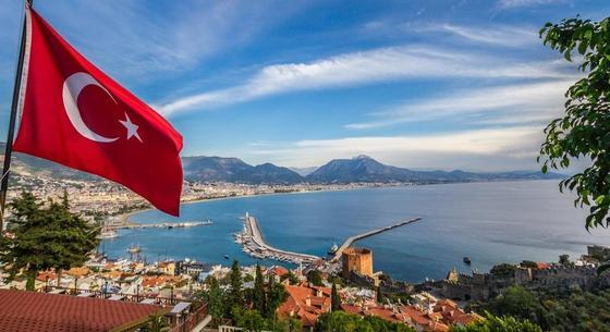 Турция введет для туристов налог на безопасность с 1 января