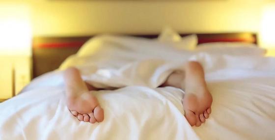 Мужчина влез в чужую квартиру с целью выспаться и очаровал хозяйку