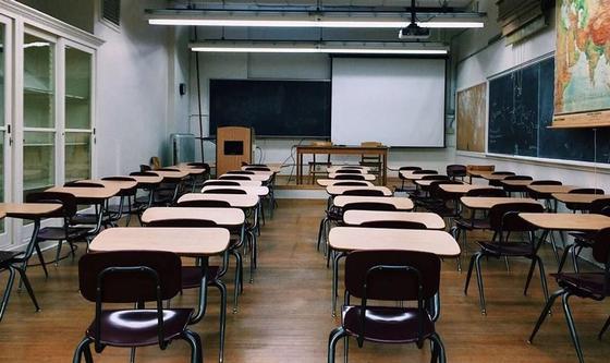 После посещения школьной столовой госпитализированы трое учеников в Темиртау