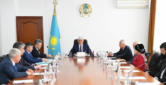 Аким Жетысу встретился с членами АНК региона