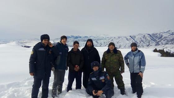 4 человека потерялись в горах Алматинской области во время посещения старца-отшельника
