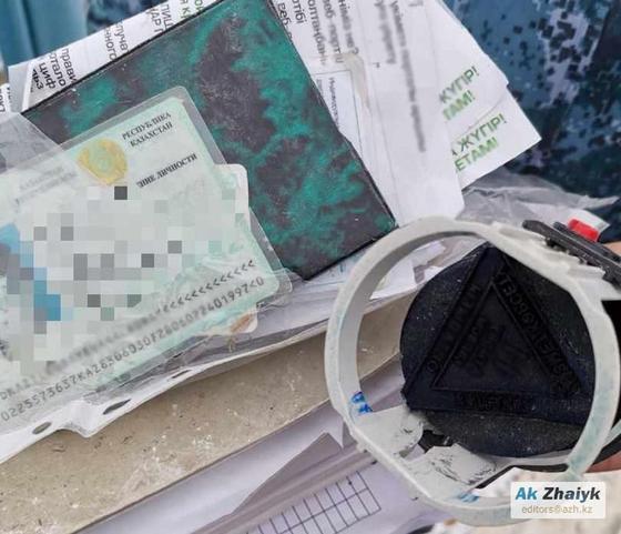 Документы на свалке в Атырауской области