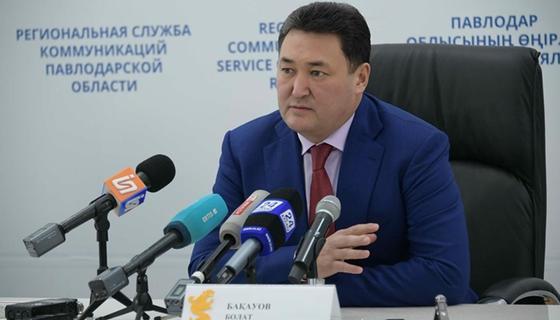 Аким Павлодарской области два часа отвечал на вопросы журналистов