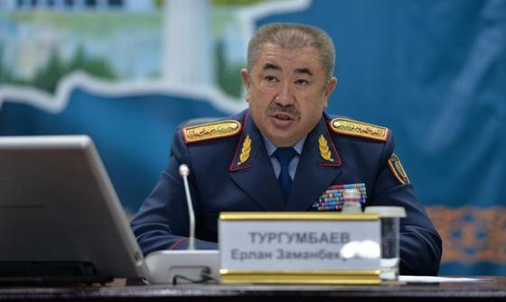 """Были случаи побега"": глава МВД о заболевших коронавирусом"