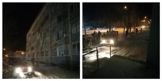 Почти 100 человек эвакуировали из пожара в общежитии в Семее