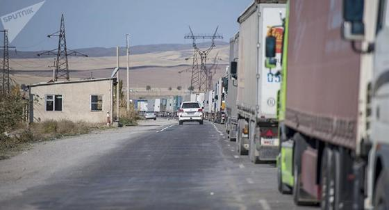 Один из КПП закроют на зиму на границе с Кыргызстаном