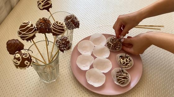 Готовая клубника в шоколаде