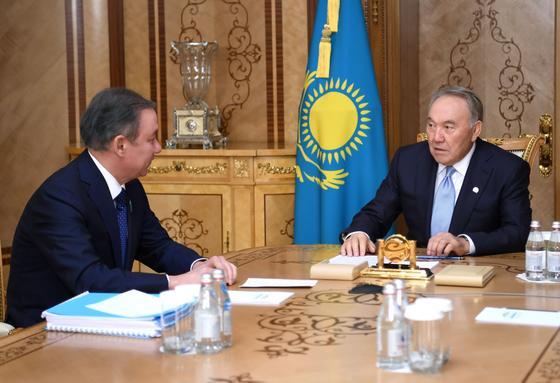 Назарбаев: Парламент должен играть ключевую роль в формировании правительства