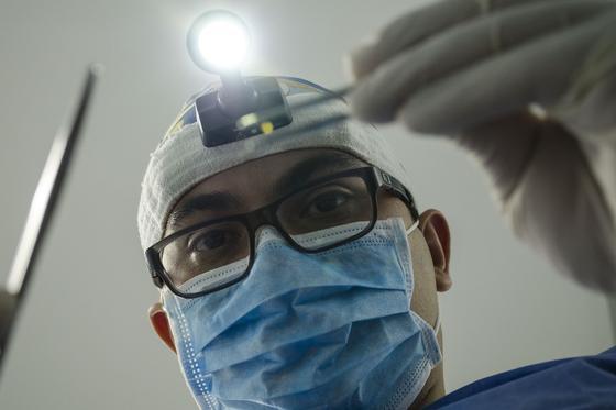 Стоматологию в Нур-Султане, где 2-летний ребенок впал в кому, хотят закрыть