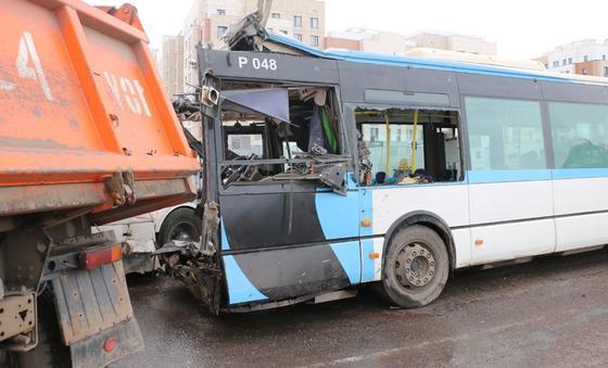 Эксперты назвали самые опасные места в автобусе