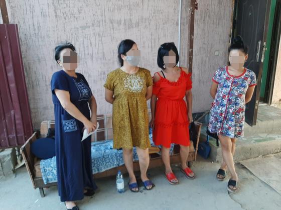 Притон с проститутками организовали в частном доме в Туркестанской области