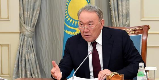 Назарбаев рассказал, как впервые столкнулся с блатом в институте