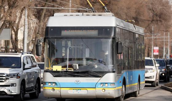 Количество троллейбусов в Алматы временно сократится
