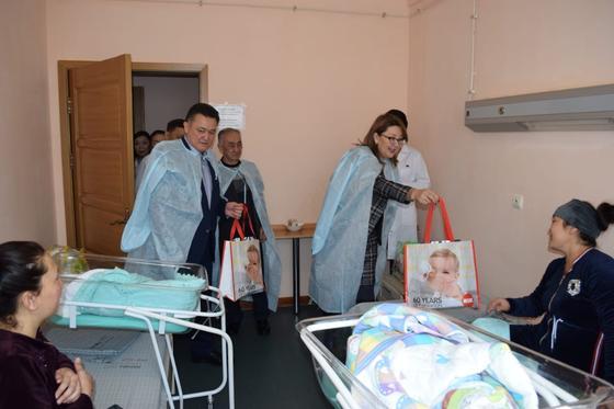 45 детей родились в новогоднюю ночь в Алматы и Нур-Султане