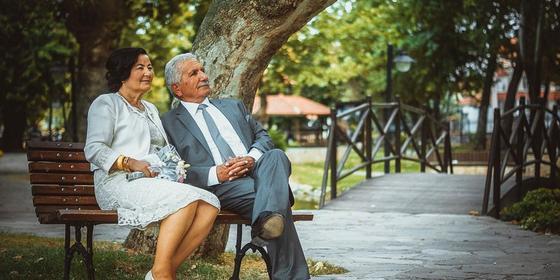 Казахстанка вышла третий раз замуж за собственного мужа