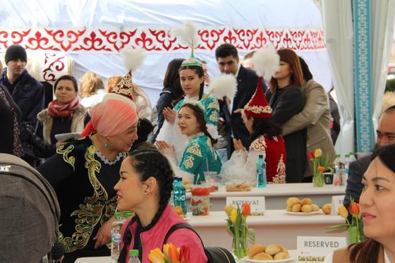 Казахский аул появился на берегу Черного моря в Наурыз