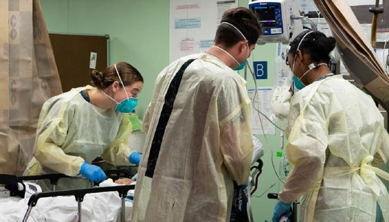 Более 2 тыс. человек скончались от коронавируса за день в США