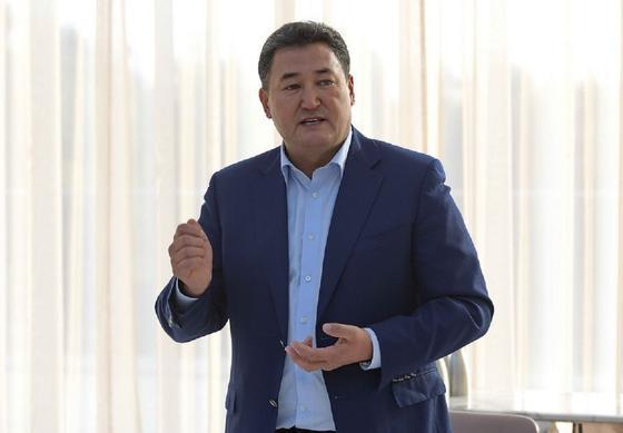 В чем подозревают Булата Бакауова, зачитал на суде прокурор