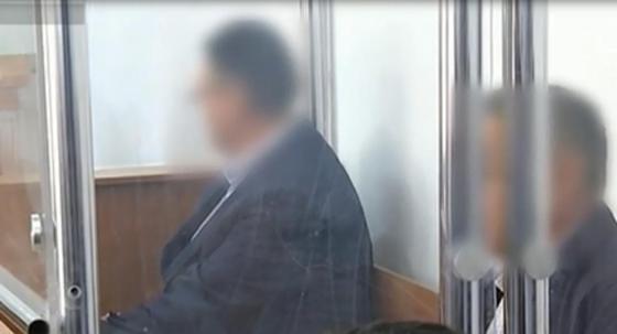 Аким из Акмолинской области осужден за взятки в виде денег, лошадей и коров