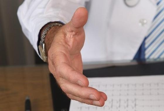 Бывший главврач из Шымкента подозревается в хищении 38,5 млн тенге