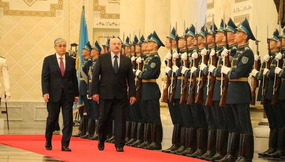 Тоқаев Лукашенконы Ақордада қалай қарсы алды (фото)