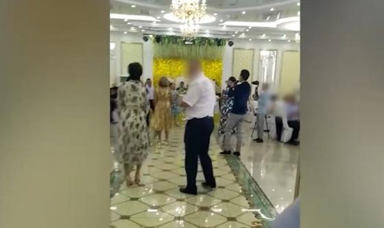 Свадебный той во время карантина устроили в Уральске