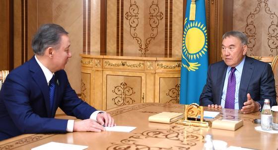 Нұрсұлтан Назарбаев Парламент мәжілісінің төрағасын қабылдады