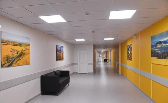 Коридоры нового госпиталя в Алматы