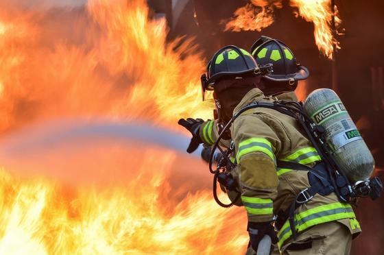 Жизни двоих людей забрал сильный пожар в Экибастузе
