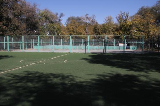 Спортивная площадка расположена на месте пустыря
