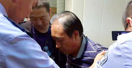 Серийного убийцу и насильника, за которым гонялись почти 30 лет, казнили в Китае