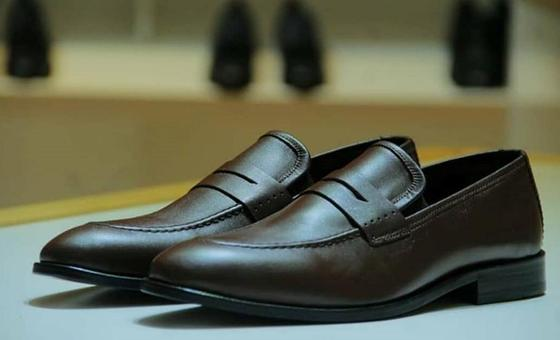 Тоқаев сатып алған аяқ киім. Фото: facebook.com/shoes.republic.kazakhstan