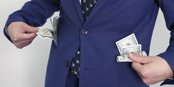 Сколько коррупционеров из Казахстана скрывается за рубежом