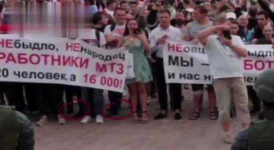 протесстующие в Беларуси