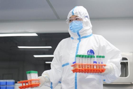 Больше 180 тысяч человек во всем мире заразились коронавирусом