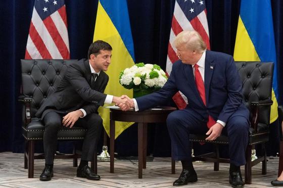 Трамп поможет Зеленскому с возвращением Крыма в состав Украины