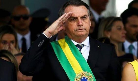 Президент Бразилии заразился коронавирусом, сообщили СМИ