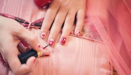 Лак для ногтей назвали возможной причиной рака