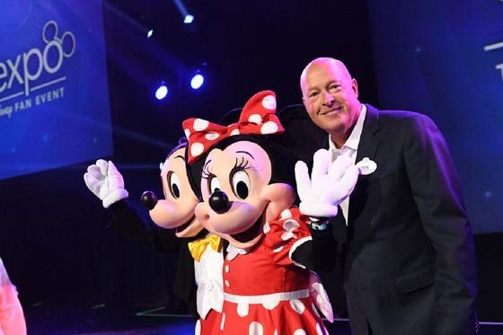 В Disney решили сменить руководство