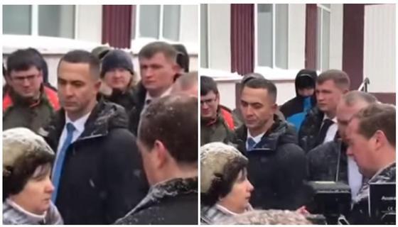 Пенсионерка встала на колени перед Медведевым из-за проблем с водой (видео)
