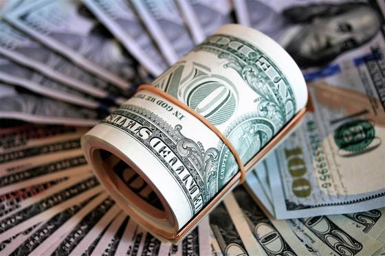 Курс доллара подскочил до 397 тенге