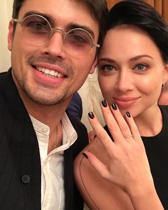 Настасья Самбурская с мужем