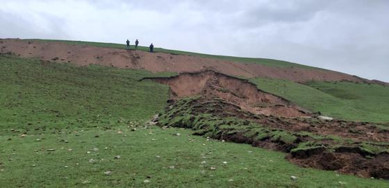 Оползень сошел в Туркестанской области