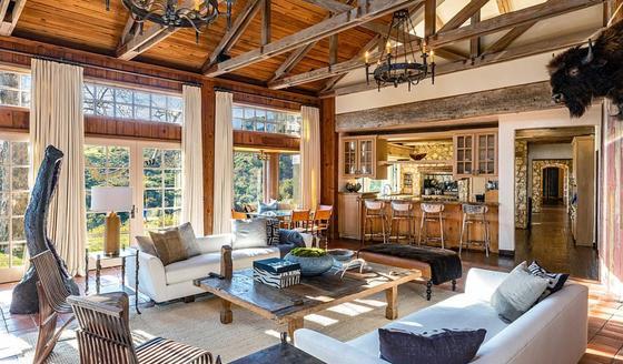 Меган Маркл и ее муж Гарри купили шикарный дом в Лос-Анджелесе за 15 млн долларов