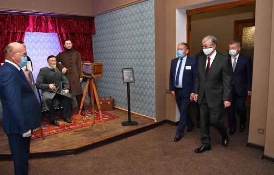 Касым-Жомарт Токаев осмотрел залы музея