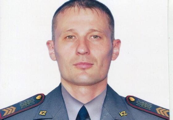Спасший девочку в аэропорту Киева оказался служащим Нацгвардии