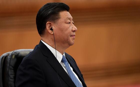 Қытай коронавирустан зардап шеккен елдерге 2 млрд доллар бөлмек