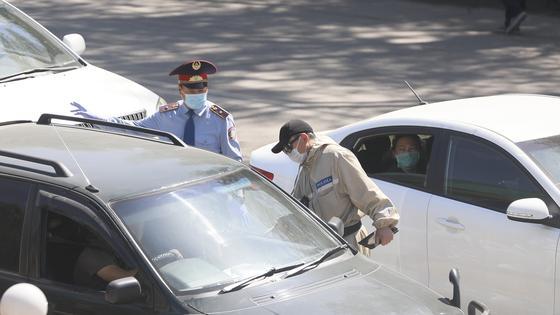 Посты появятся на въезде в Шымкент на Курбан-айт