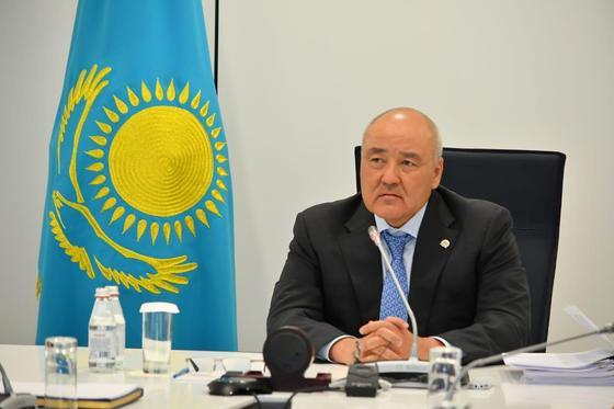 Түркістан: Өмірзақ Шөкеев үкімет сағатында Мақтааралға қатысты баяндама жасады