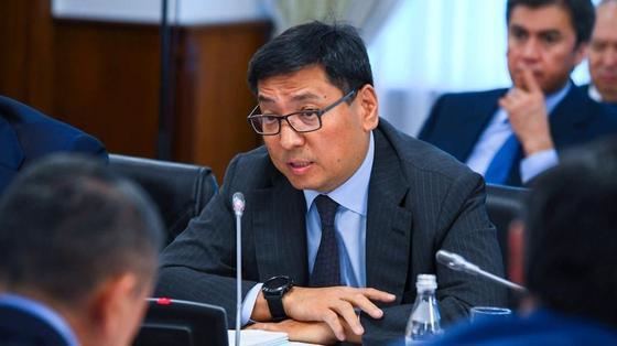 Глава Нацбанка высказался о проверке денежных переводов казахстанцев
